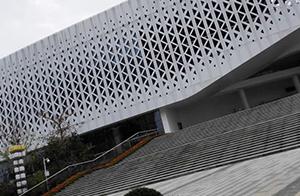 江西武宁两馆一院幕墙工程(玻璃幕墙,铝板2013年20000平方)