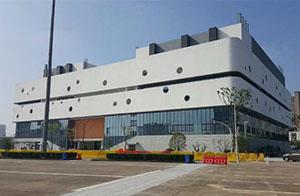 宁波江东体育馆扩建项目玻璃、石材、铝板2015年(9000平方)